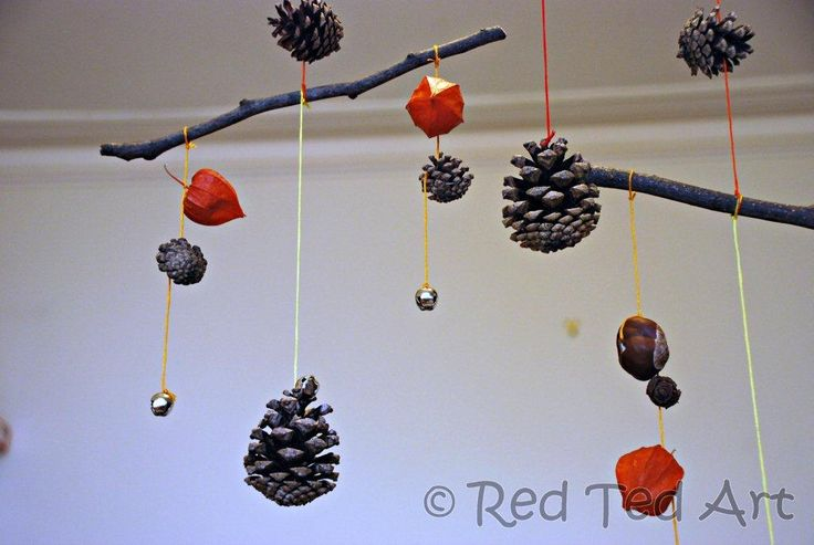 Autumn Mobile - would be lovely with huge sycamore leaves, conkers etc...