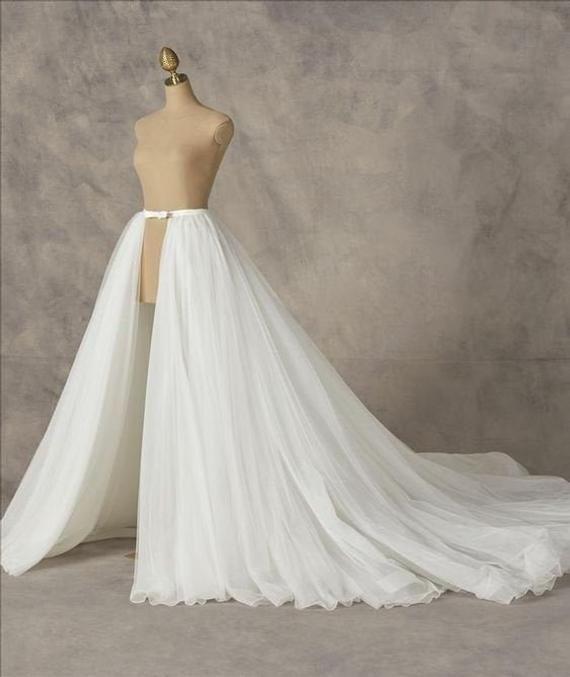Detachable Bridal Skirt Overskirt Tulle Skirt Custom Skirt Etsy In 2020 Wedding Dress Detachable Skirt Detachable Train Wedding Dress Detachable Wedding Dress