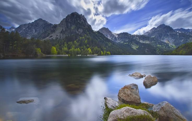 st. maurici Lake, Espot by Bnafsj ., via 500px