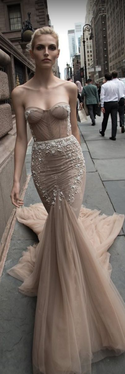 Inbal Dror | Dress | Fall/Winter 2016-17 | Israeli | Haute Couture