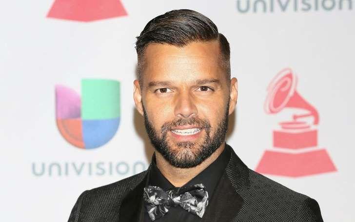 """Ricky Martin sobre Unión Civil en Perú: """"Simplemente pedimos igualdad"""". El cantante Ricky Martin no fue ajeno al debate que se vive en el Perú sobre la Unión Civil. - See more at: http://multienlaces.com/ricky-martin-sobre-uni%c3%b3n-civil-en-per%c3%ba-simplemente-pedimos-igualdad/#sthash.CZJfsIBL.dpuf"""