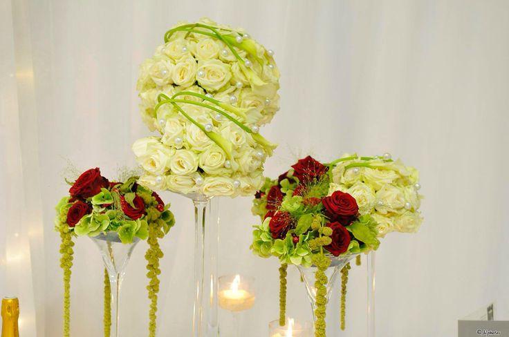 Dely fleurs est aujourd'hui et demain au salon du mariage de Pontoise. #delyfleurs #salondumariage #wedding