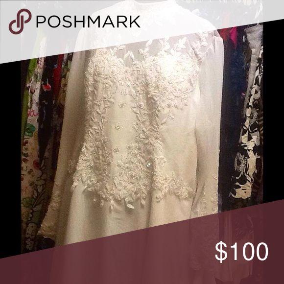 Vintage weding Dress Lightly used very elegant long sleves Dresses Long Sleeve