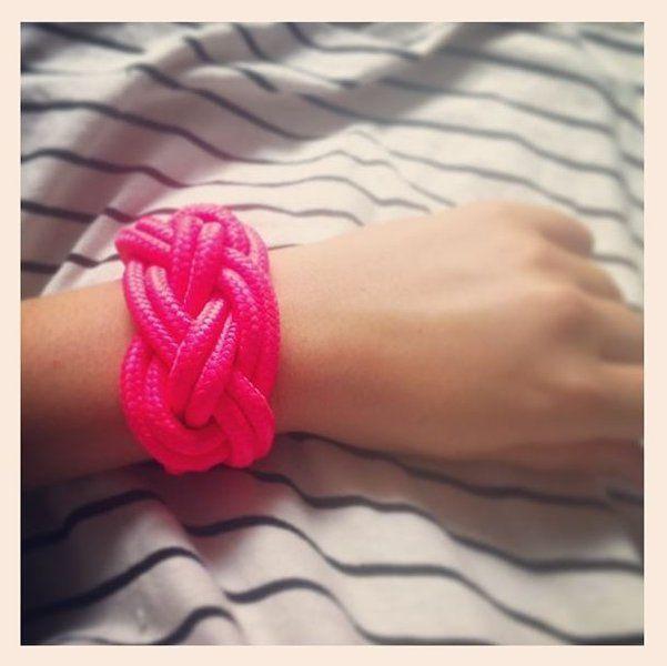 Neon Knot Bracelet by #koolkatkustom ! Knalliges neon Armband aus geknoteten Seilen!