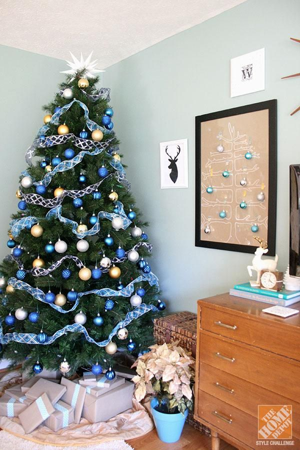 125 best royal blue old glory gold images on pinterest for Green and white decorated christmas trees
