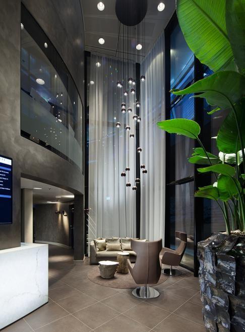 Laat je inspireren door de metamorfoses, droomhuizen en tips en trucs om je eigen interieur een impuls te geven. #RTLWoonmagazine #RobertKolenik