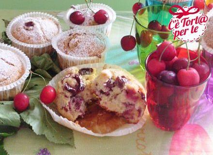 L'idea per una #merenda golosa e fresca? Muffin soffici alle #ciliegie