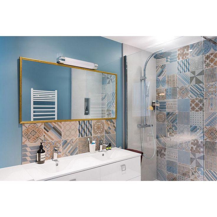 Patchwork tiles in brown and blue theme for bathroom, so fresh! #rumahkubathroom