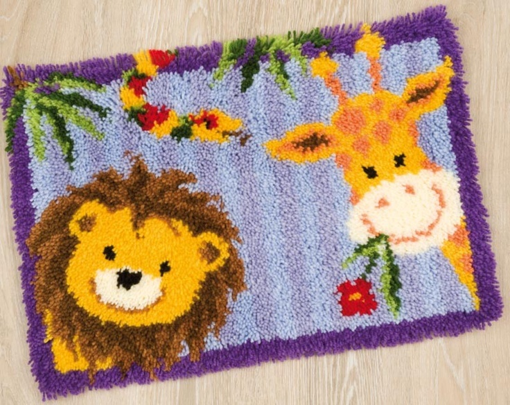 Lion and giraffe latch hook rug latch hooks i 39 ve done or - Stencil motivo giraffa ...