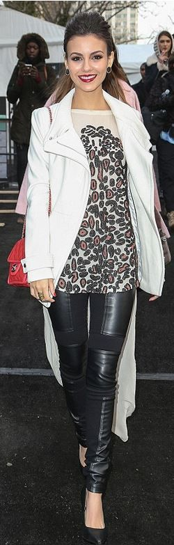Who made Victoria Justice's print top and red handbag that she wore in New York?