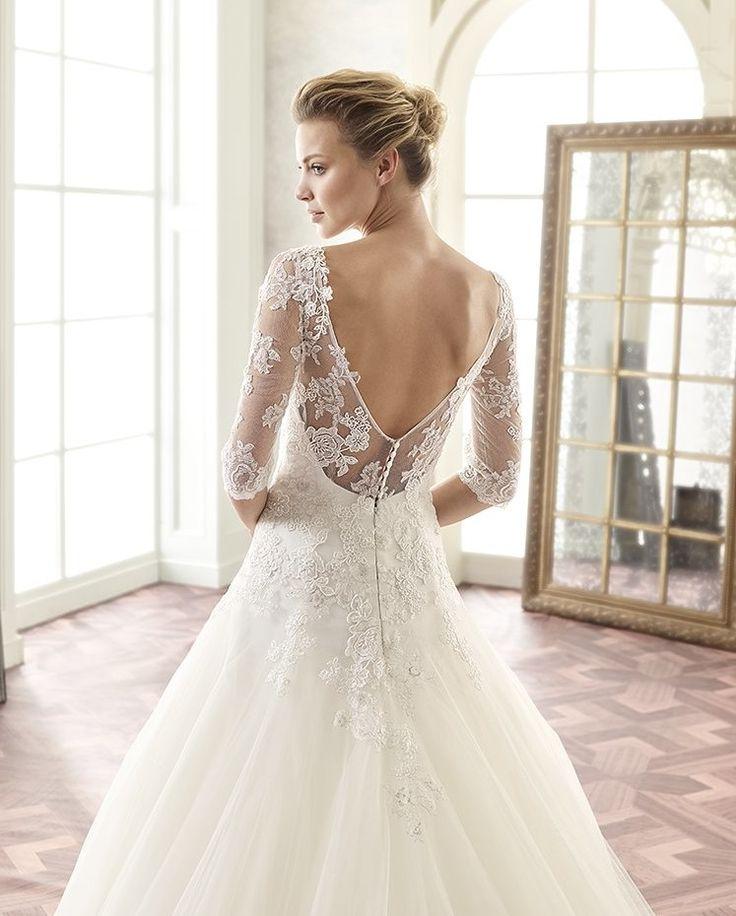 Csipkés Tramore esküvői ruha