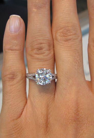I WANTTTTT!!!!: Cushions Cut, Gorgeous Engagement Rings, Beautiful Engagement Rings, 3 Carat Engagement Rings, Future Husband, Wedding Rings, Dreams Rings, Diamonds Bands, The Bands