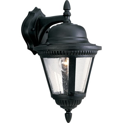 Same as our lights ! But they are white ... I should definitely paint them black :)