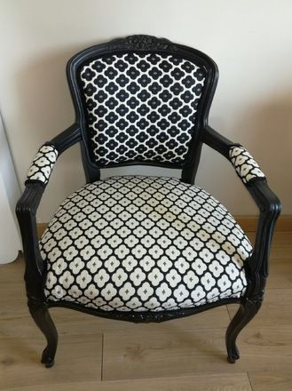 les 25 meilleures id es concernant fauteuil louis xv sur pinterest meuble louis xv chaise. Black Bedroom Furniture Sets. Home Design Ideas