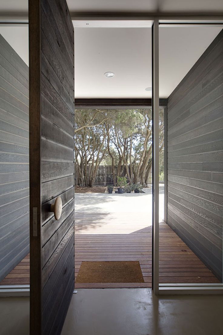 Blairgowrie House by Wolveridge Architects | HomeDSGN, a daily source for inspiration and fresh ideas on interior design and home decoration...