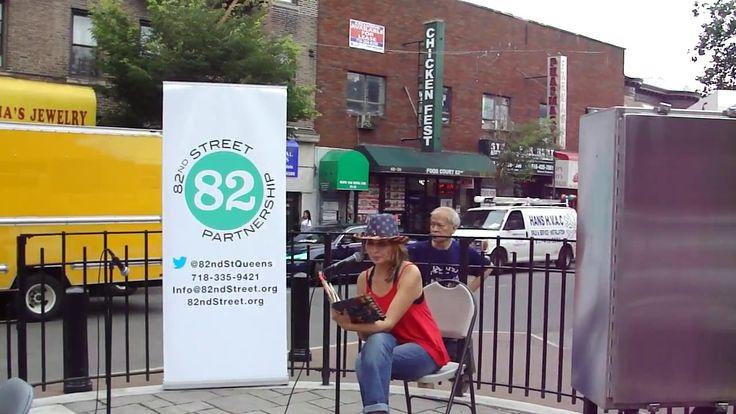 BorderSongs/Salmos de Fronteras in Jackson Heights