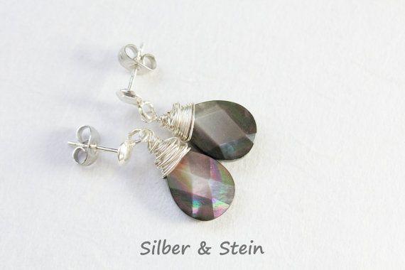 Perlmutt Ohrringe grau von SilberundStein auf Etsy