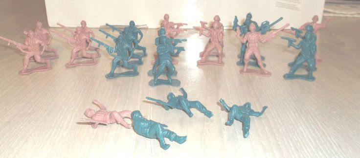 "Lot Of 23 Plastic Toy Soldiers Different Poses US GI's Figures 2"" Play Set #unknown"