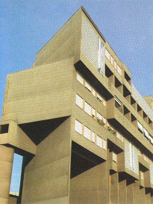 CARLO AYMONINO  APARTMENT BLOCK / GALLARATESE QUARTER, MILAN 1967-74