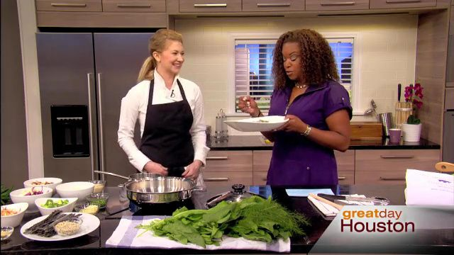 Fox News - features a new business providing meal support for those who want cancer fighting foods. Thank you The Hippo Kitchen Founder Angela Anderson for using Saladmaster cookware!