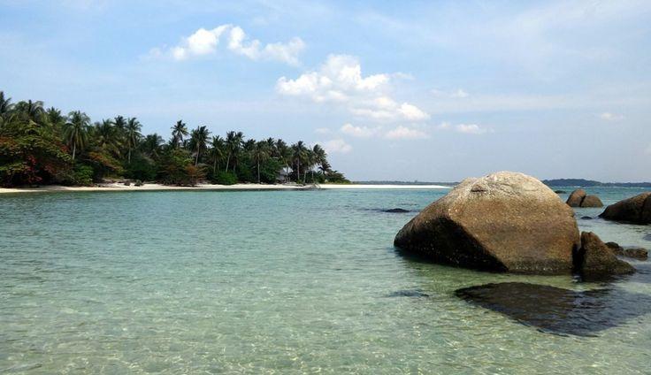 pulau-belitung_indonesia.jpg