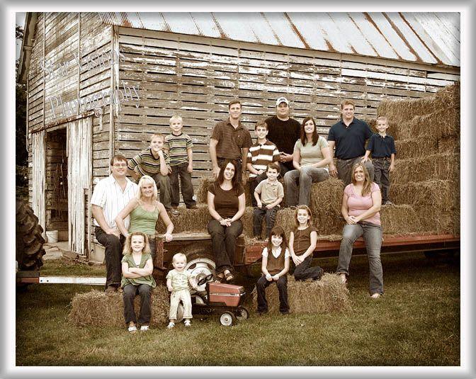 large family, farm, antique style, family portrait