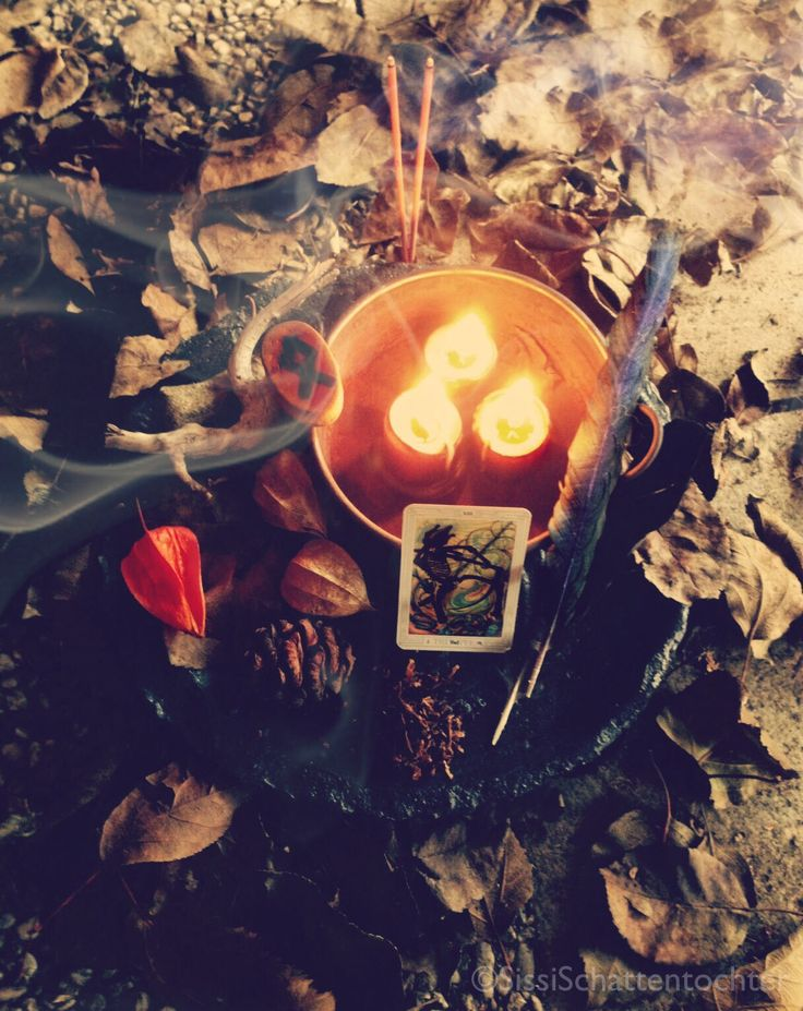 898 best A Witch s Life images on Pinterest Magick, Witchcraft and Witches