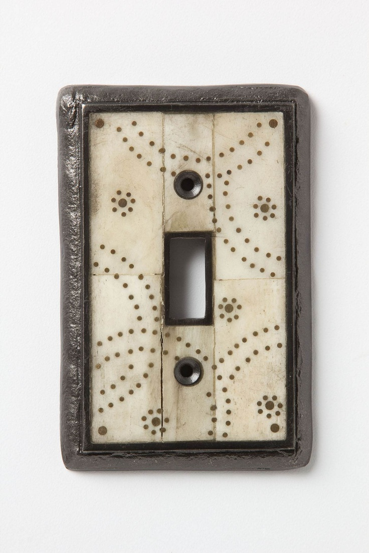 twinkle lights switch plate. anthropologie.