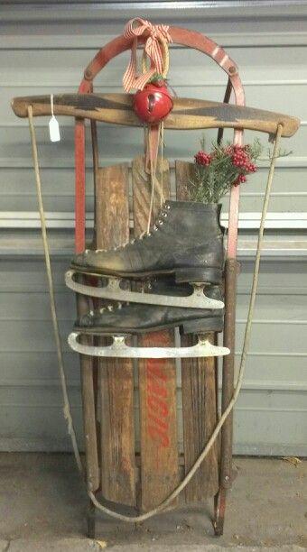 17 best images about vintage sleds on pinterest antiques for Antique sled decoration