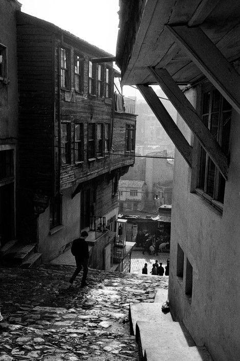 Ara Guler TURKEY. 1959. Street in Tophane leading to Bogazkesen.