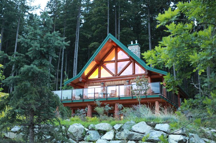 Private Cabin below Directors Lodge available onsite (sleeps 2 people) #outdoorwedding #honeymoonsuite #vancouverwedding #vancouverbc