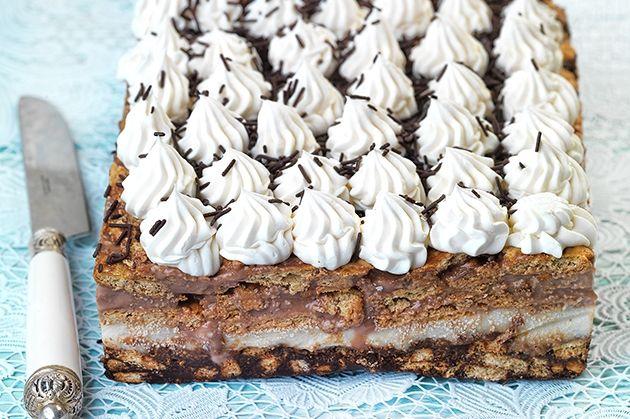 Γλυκό ψυγείου με μπισκότα από την Αργυρώ Μπαρμπαρίγου | Γλυκό ψυγείου με μπισκότα, κρέμα βανίλια-σοκολάτα και βάση μωσαΐκό, για απόλαυση χωρίς τελειωμό.