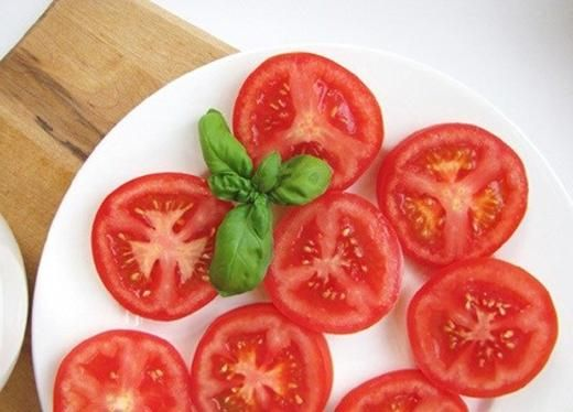 34 best vegetable plants images on pinterest vegetable garden tomatoes slice them for sandwiches toss them in ccuart Images