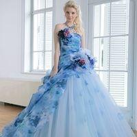 ピンクに続く人気色!結婚式で着たいブルー系カラードレスカタログ集♡ |