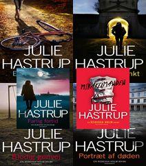"""Julie Hastrup's krimier om kriminalefterforsker Rebekka Holm er efterhånden blevet til mange bind fra perioden fra første bind """"En torn i øjet"""" fra 2009 til seneste bind """"Mirakelmanden"""" fra 2017.  Vi bringer derfor et kort resumé af alle bind og giver dig et overblik over denne spændende kriminalserie."""