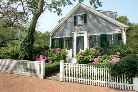Photo: Eric Roth | thisoldhouse.com | from All About Wood Fences