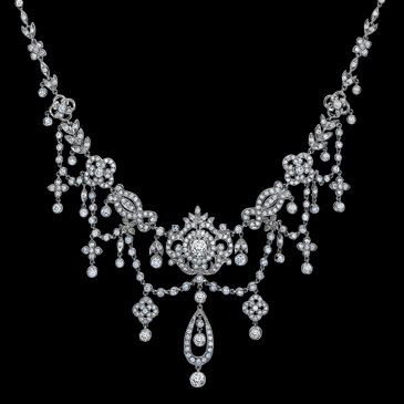 Breathtaking antique-style Edwardian diamond necklace from George Pragnell Fine Jewelry in Stratford-upon-Avon, Warwickshire, England....