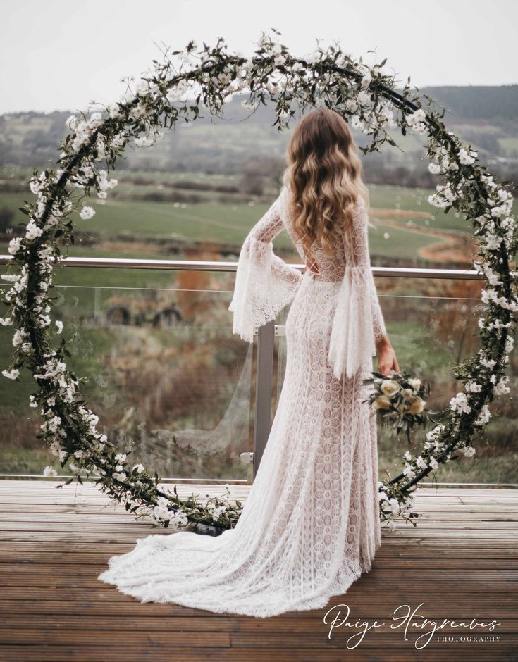 30 Boho Robes Idees In 2020 Wedding Dresses Hippie Wedding Dresses Lace Wedding Dress Trends