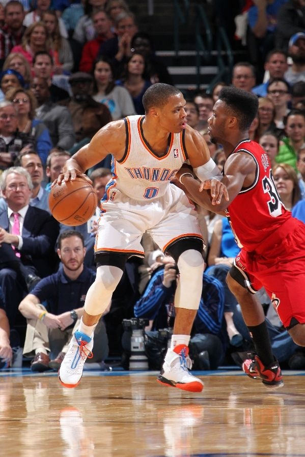 450ff66cd37 nba kicks russell westbrook scores playoff high 38 points in the air jordan  xx9
