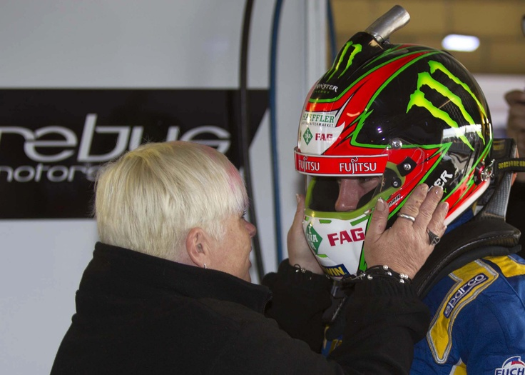 Team owner Betty Klimenko giving her words of praise to Lee Holdsworth after a tremendous job at Symmons Plains, Tasmania