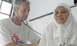 """HowStuffWorks """"How Doctors Without Borders Works"""""""