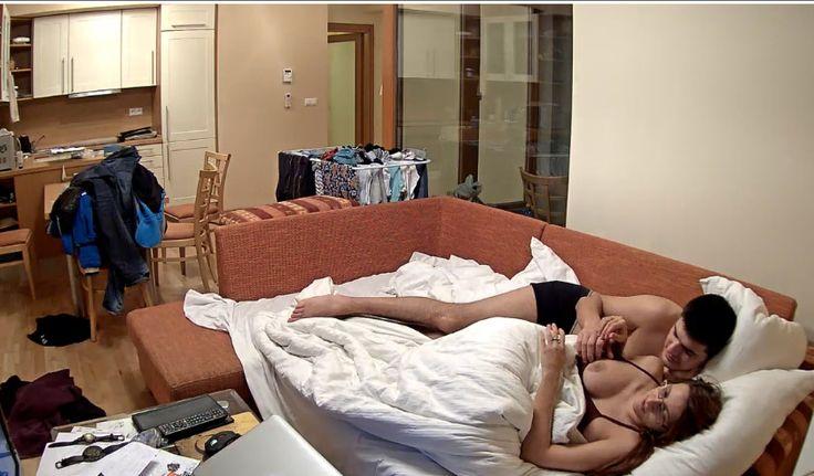 Girls Having Sex In Bed Naked