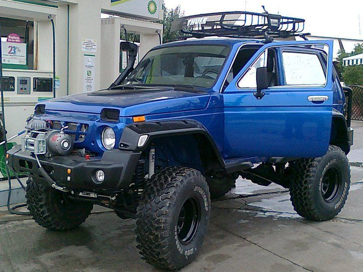 114 best images about lada niva 4x4 on pinterest models portal and scale model. Black Bedroom Furniture Sets. Home Design Ideas