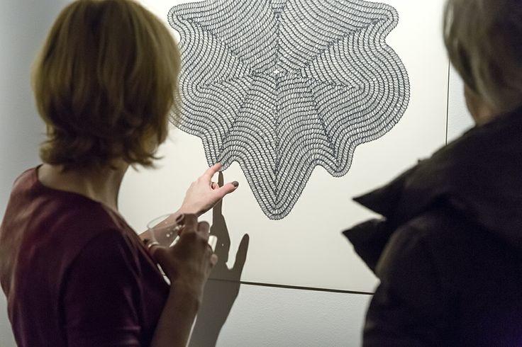 Vernissage de l'exposition solo « Exercice de délicatesse / Composition No 2 » d'Elmyna Bouchard au Laboratoire de l'Agora de la danse // 12 février au 21 mars 2014