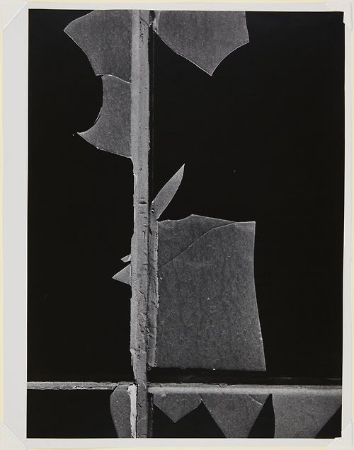 Aaron Siskind(American, 1903-1991)    New York City W 1  1947    Gelatin silver print
