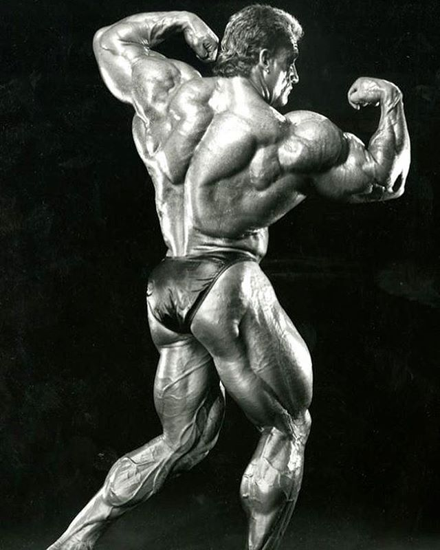 Great shot took from a  Flex Magazine showing thickness in Dorians Back  #biceps #shoulders #muscle #chest #shredded #gym #gymlife #addict #triceps #oldschoolbodybuilding #instagym #mrolympia #fitness #bodybuilder #bodybuilding  #workout #training  #gymti