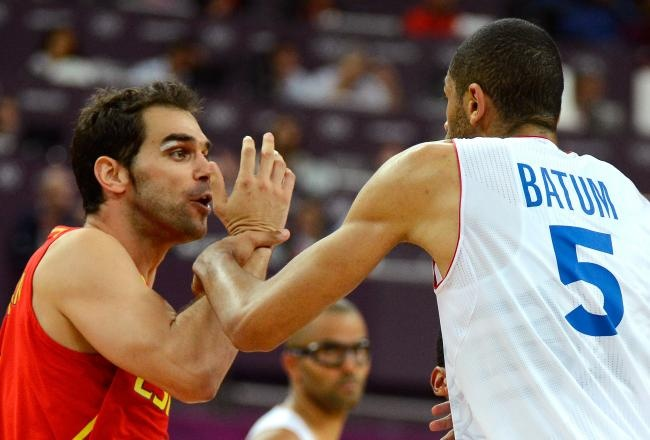 Spain Survives Late Run & Nicolas Batum's Punch to Beat France:    The Spanish national basketball team needed late-game heroics to defeat France 66-59 and advance to the semifinals.    Spain went on a run to pull away at the end of the quarterfinal match and left France frustrated. Small forward Nicolas Batum lashed out with seconds remaining in the game and ended up punching Juan Carlos Navarro in the groin. The reigning silver medalists outscored France 15-6 in the fourth quarter. Marc...