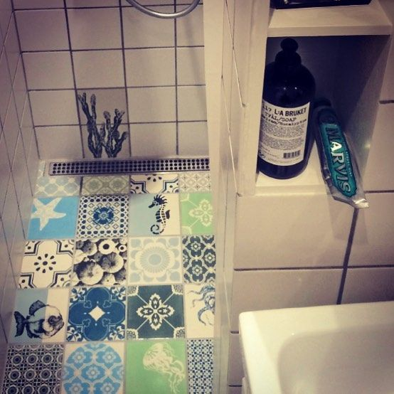 We love the new look in Clara's little #bathroom - what do you think ? #thanksforsharing #arttiles  #floortiles #interiordesign #interior