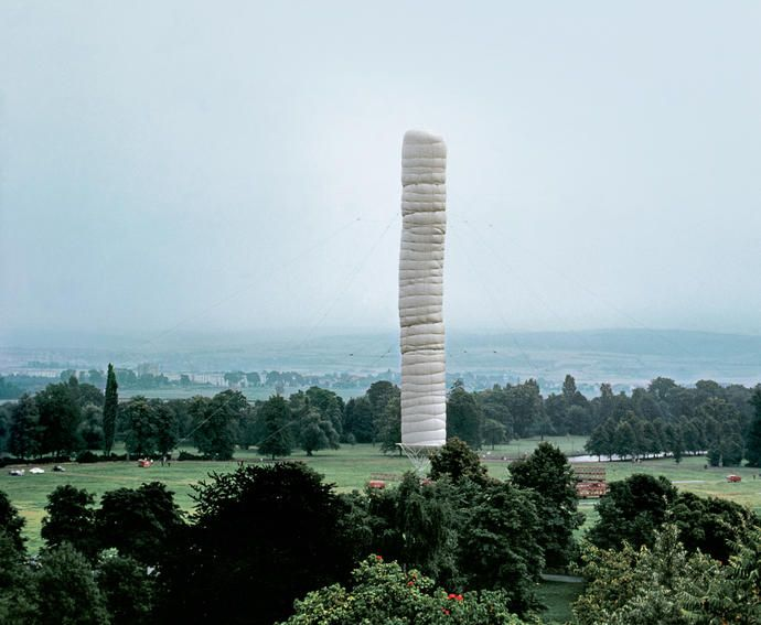 Christo and Jeanne-Claude 5,600 Cubicmeter Package, documenta IV, Kassel, 1967-68