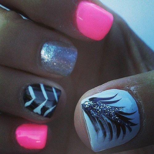 So beautiful nail design,lovely! ,#nail #nails ,click to see More Cute Nail Art Design Ideas